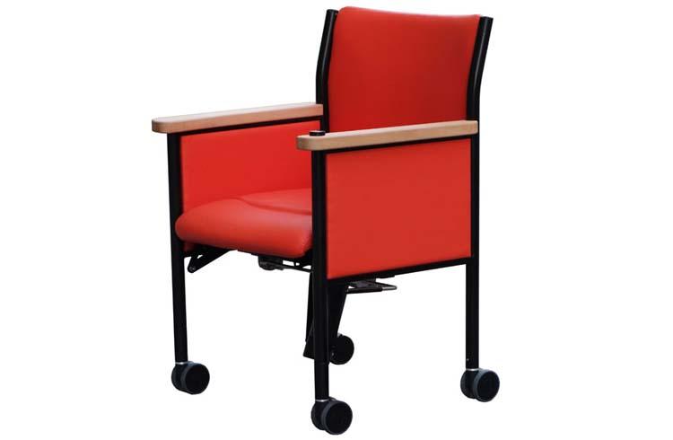 camarg chelino mit aufstehhilfe aufstehstuhl. Black Bedroom Furniture Sets. Home Design Ideas